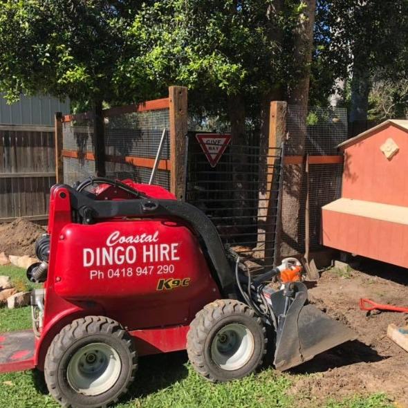 Coastal Dingo Hire - Digger